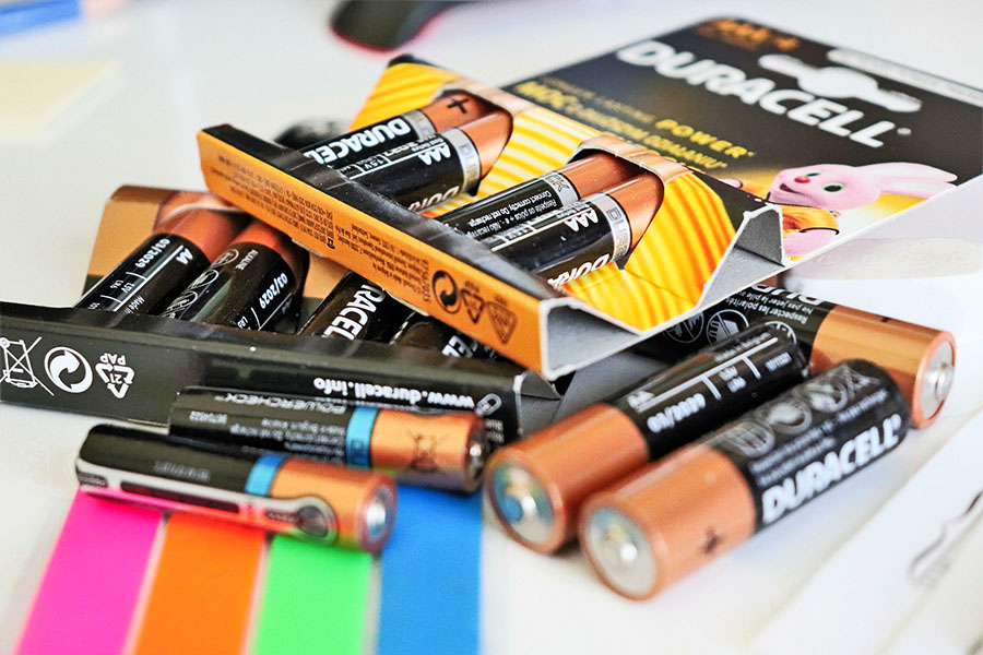 Best Non-Rechargeable Batteries and How To Recharge Them